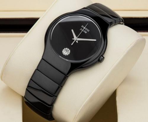 Đồng hồ Rado chính là một trong những thương hiệu thu hút rất nhiều sự quan tâm từ phía khách hàng Việt